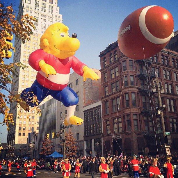 Berenstain Bears Parade Balloon