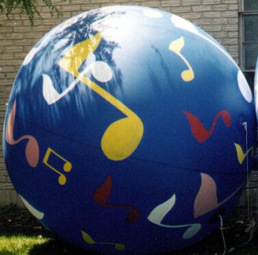 Spheres Musical Notes Parade Balloon, 9'