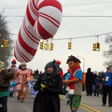 Candy Cane Red Parade Balloon