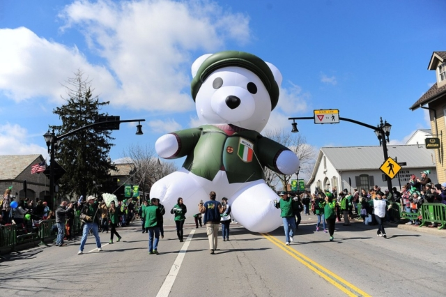 Irish Bear Parade Balloon