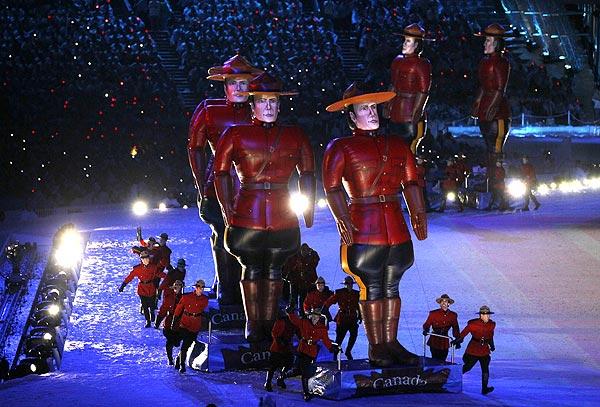 Royal Canadian Mounted Police   Dynamic Displays