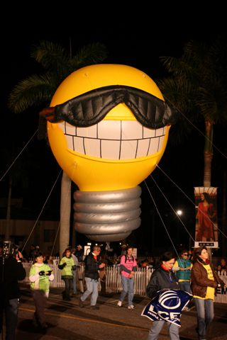 Sunny Lightbulb Parade Balloon