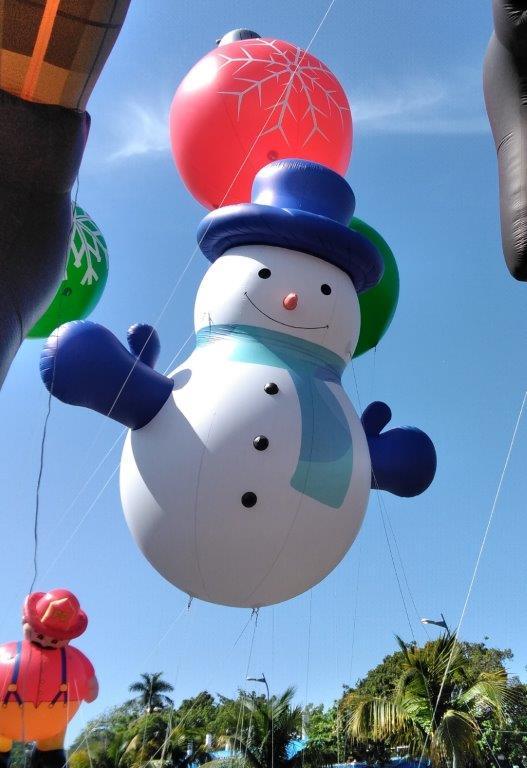 Snowman Rounder Parade Balloon