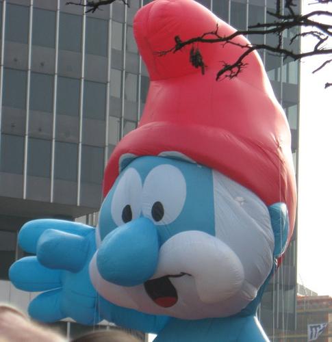 Papa Smurf Parade Balloon
