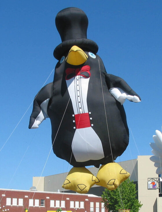 Tuxedo Penguin Parade Balloon