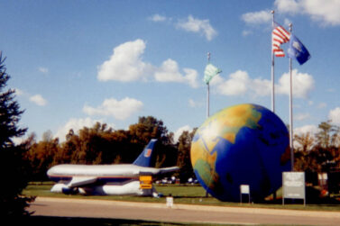 World Globe (Topographic) 25' Parade Balloon