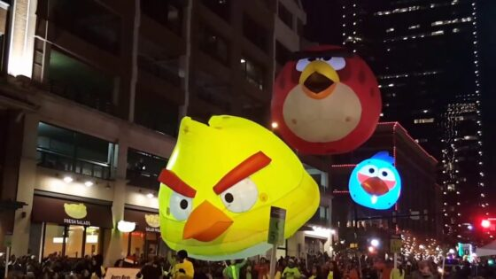 Angry Bird Lighted Parade Balloon