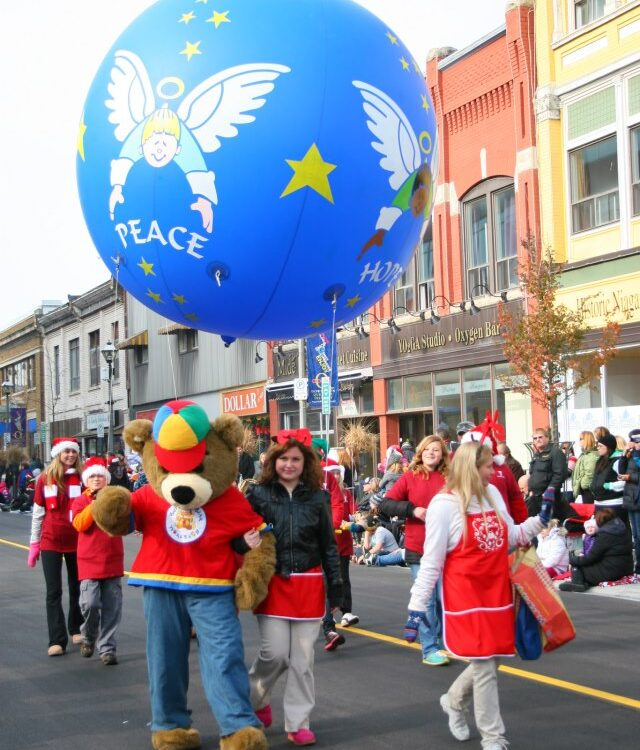Peace Ornament Parade Balloon, 10'