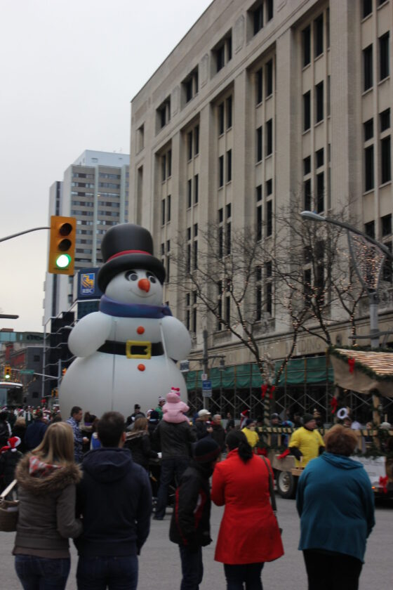 Jingle all the Way Snowman Parade Balloon | Photo (c) 2012 Martin Sulja (flickr)