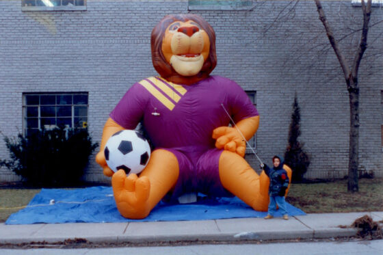 Lion Soccer Player, 20'
