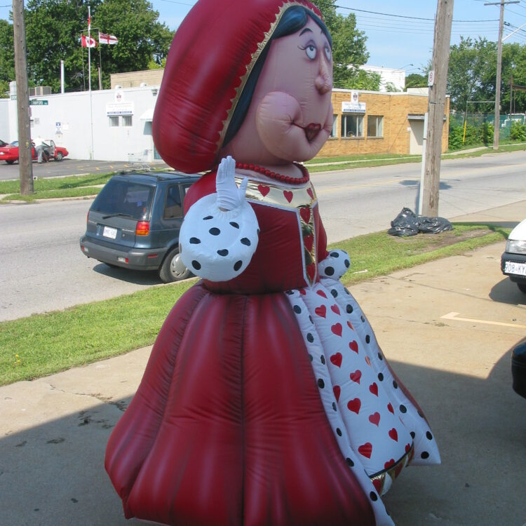 Queen of Hearts Costume (Alice in Wonderland)