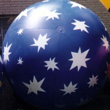 Snowflakes/Starburst (Ornament) Parade Balloon
