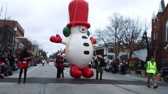 Frosty Snowman Parade Balloon