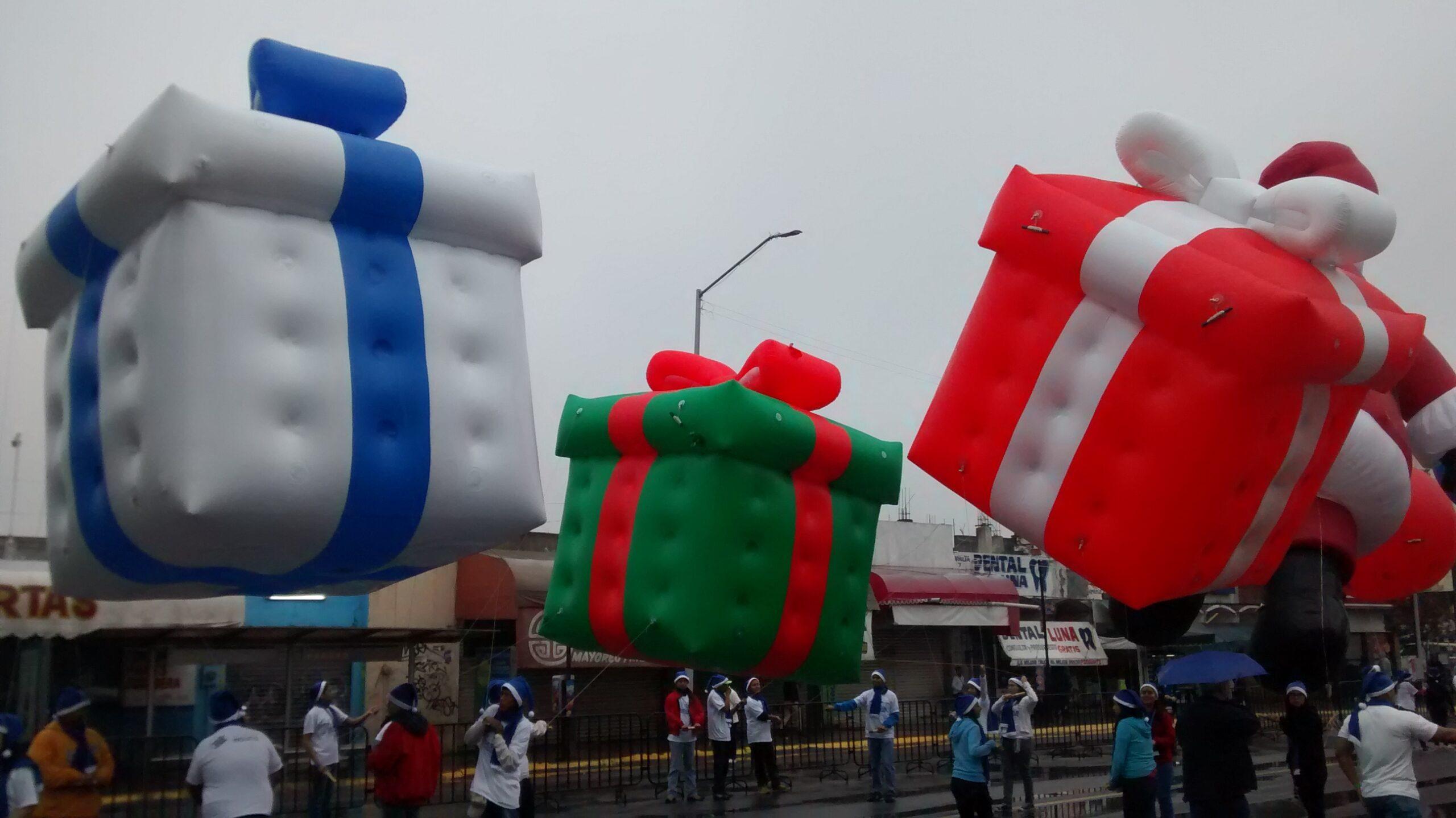 Gift Box Parade Balloon