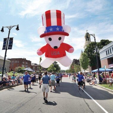 Patriotic Bear Parade Balloon
