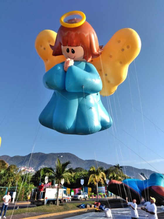 Angel Parade Balloon