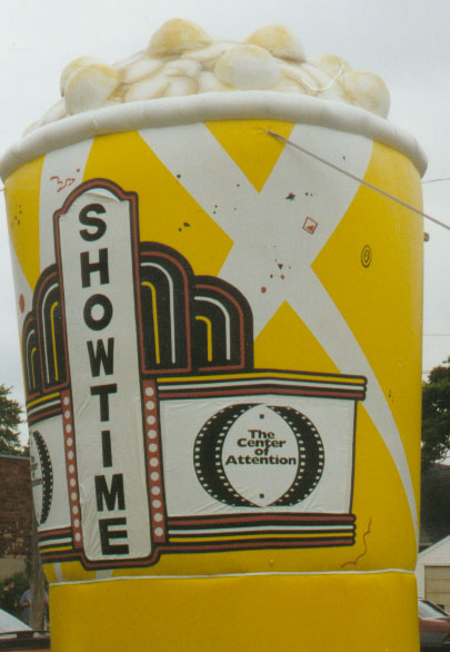 Bucket of Popcorn Parade Balloon, 20'