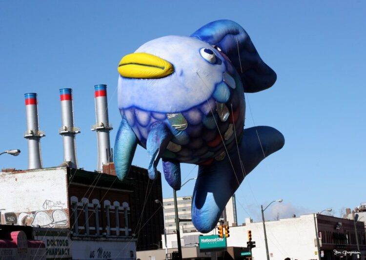 Rainbow Fish Parade Balloon