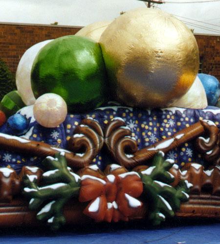 Christmas Decoration Parade Float