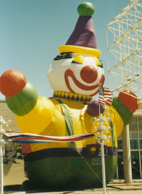 Happy Clown Parade Balloon, 20'