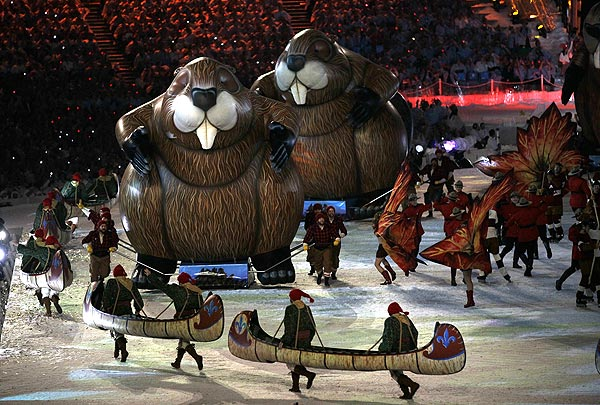 Always Enjoyable Inflatable Beavers | Dynamic Displays