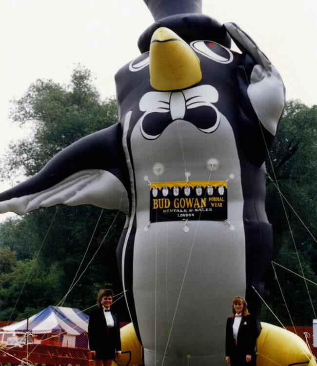 Penguin Parade Balloon Admiral
