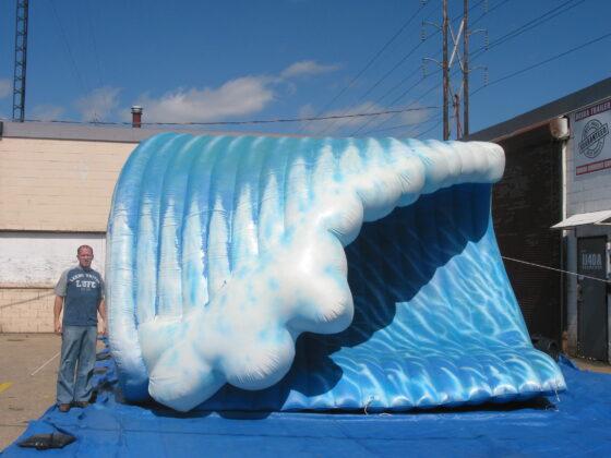 Wave Parade Balloon Large