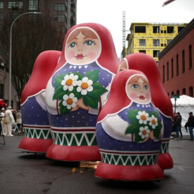 Russian Dolls Parade Balloons