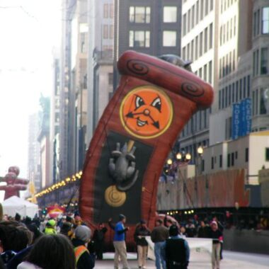 Hickory Dickory Dock Clock Parade Balloon