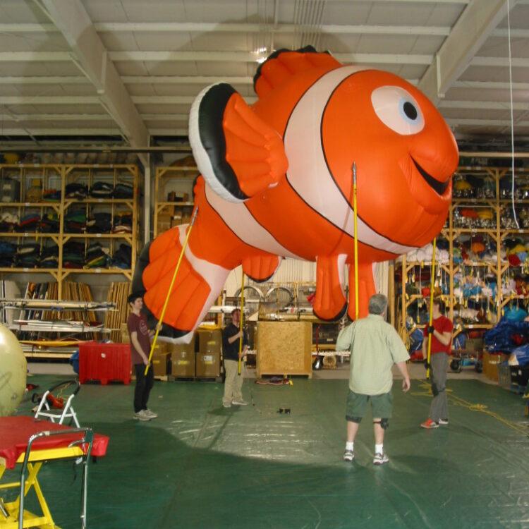 Clown Fish Pole Unit Parade Balloon, 20'